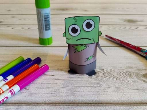 printable paper zombie craft for Halloween