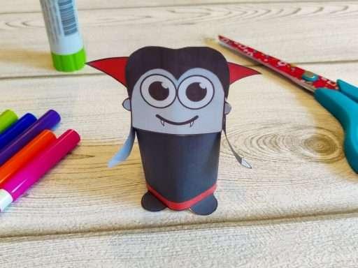 printable paper vampire craft for Halloween